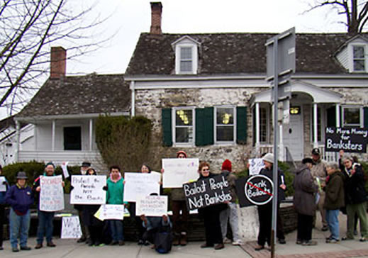 rally against wall street, women in black, new paltz women in black, women in black peace vigil, rally against banksters